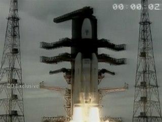 Start indické mise k Měsíci