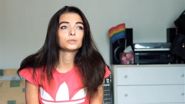Youtube lesbická sexuální scéna