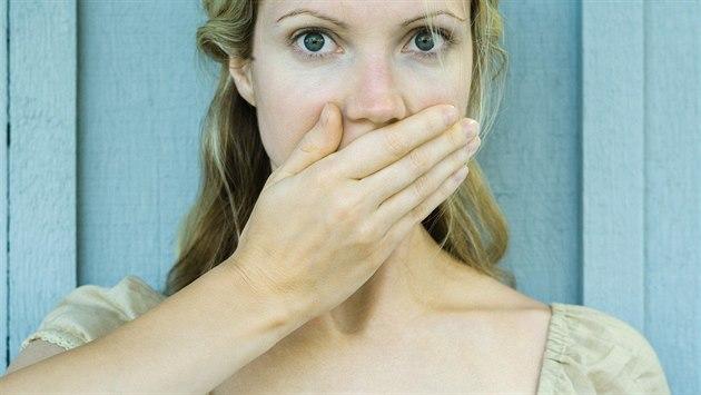 957a3b57bb3 Nic mi není, a To bylo v akci. Jaké jsou nejčastější ženské lži ...