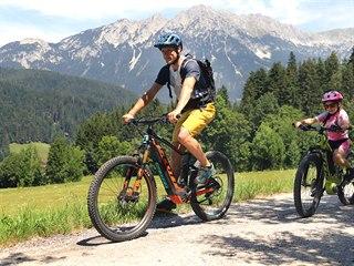 Elektrokola jsou v Alpách tuto sezónu absolutním hitem.