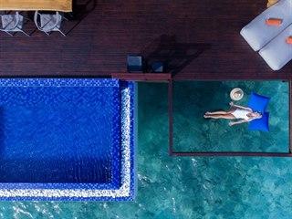 Luxusní hotelový resort Grand Park Kodhipparu na atolu Severní Malé na...