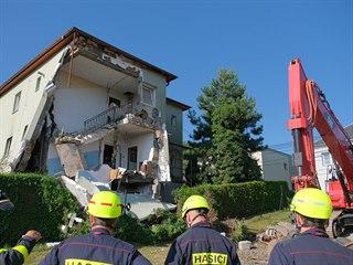 Dům ve Strahovicích na Opavsku po výbuchu, který podle neoficiálních informací...