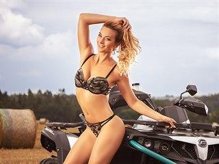Barbora Mottlová v kalendáři CF MOTO 2020