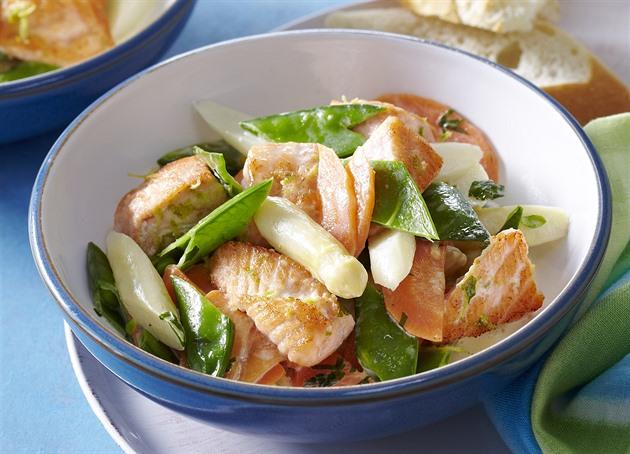 RECEPT DNE: Zeleninové ragú s lososem
