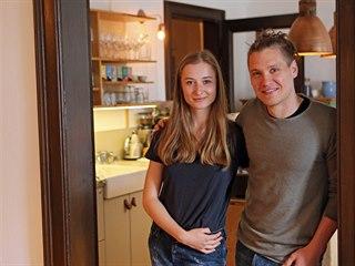 Mladý pár Barbora Sokolíčková a Roman Kotlář v Novém Městě na Moravě druhým...