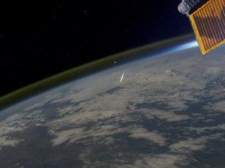 Jeden z meteorů z meteorického roje Perseid, který z ISS zachytil astronaut...