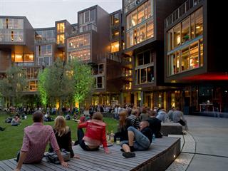 Studentské koleje Tietgen v dánské Kodani stojí od roku 2006. Zajímavou podobu...