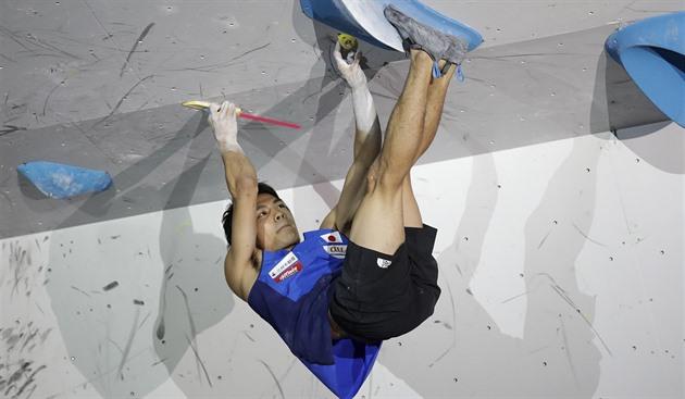 Kombinaci na MS ve sportovním lezení ovládl Japonec Narasaki