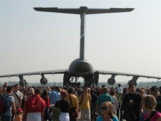 Americký letoun C-5 Galaxy na Dnech NATO v Ostravě v roce 2009