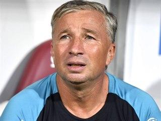 Dan Petrescu, trenér CFR Kluž, během kvalifikace o Ligu mistrů.