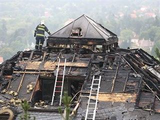 Vilu v Černošicích, kterou vlastnil miliardář Radovan Krejčíř, zasáhl požár....