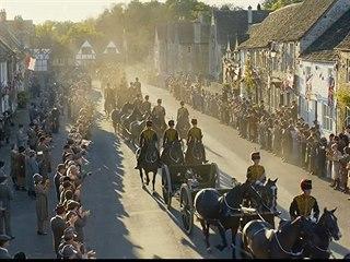 Ve filmu Panství Downton očekávají příjezd krále