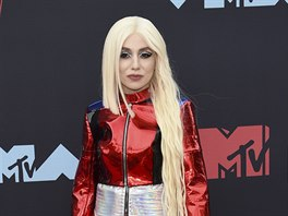 Ava Max na MTV Video Music Awards (Newark, 26. srpna 2019)