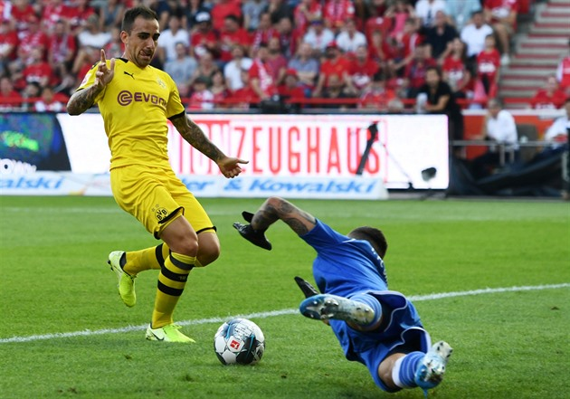 Bundesliga Game Week 27 Review: Bayern beats Dortmund at ...  |Bayern-dortmund