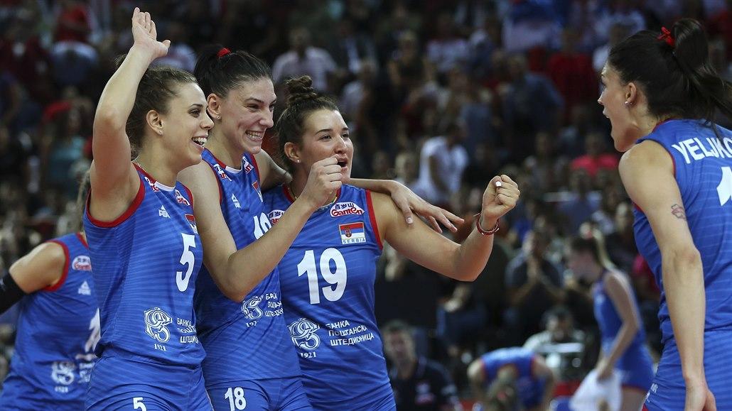 Srbské volejbalistky mají evropské zlato, bojovaly o něj přes dvě hodiny