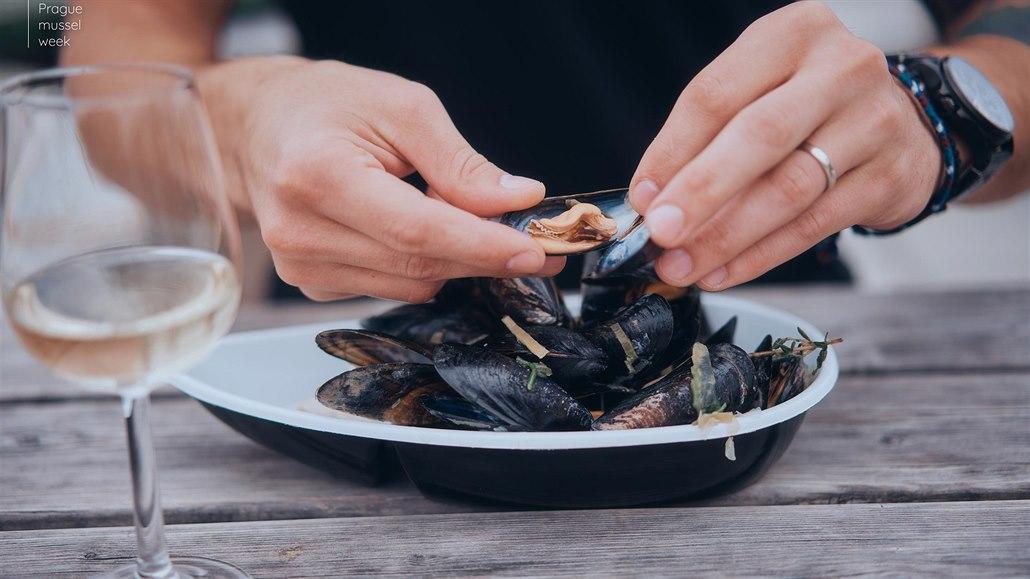 V Praze se chystá festival mušlí. Netradiční pokrm servírují slavní kuchaři