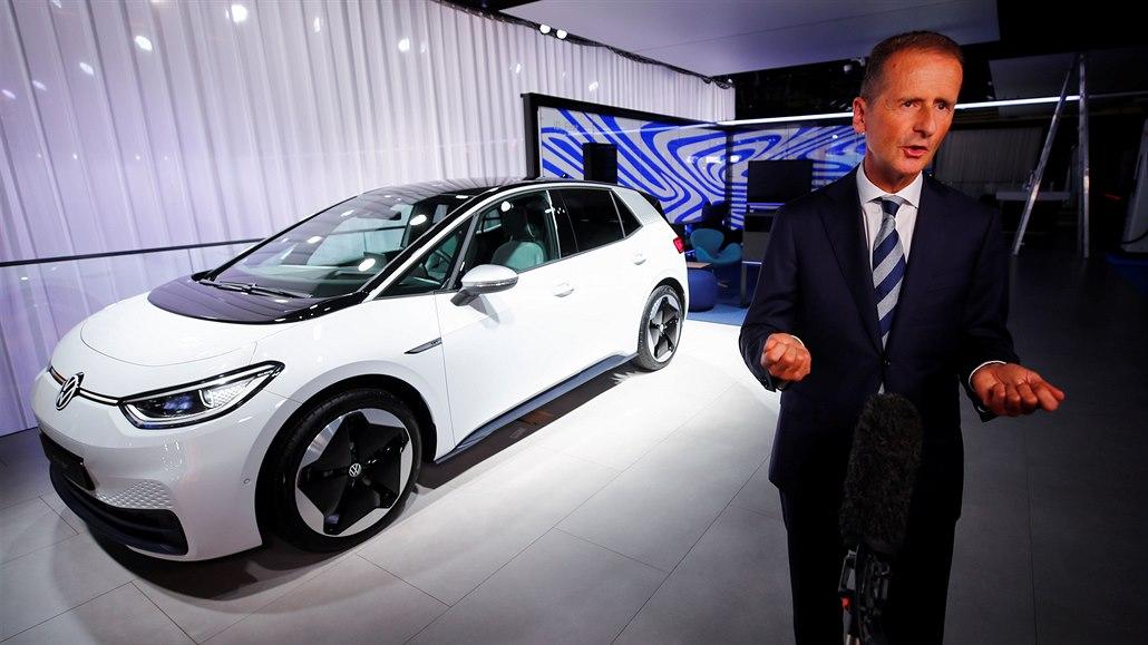 VW musí šetřit a změnit se. Podle šéfa na to má jediný pokus