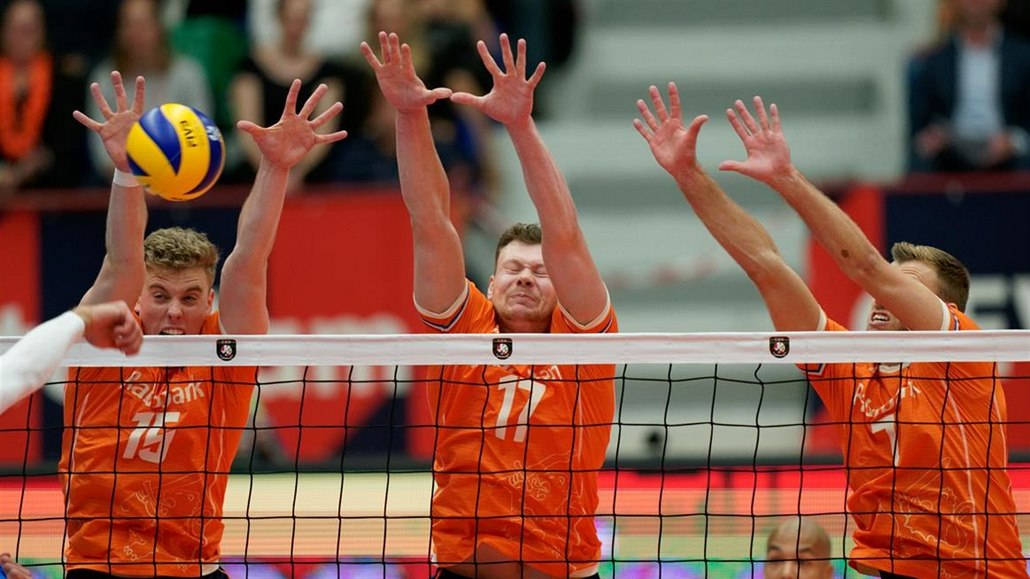 Polští volejbalisté na ME vyhráli také počtvrté, postoupí i Nizozemci