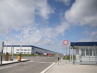 V současnosti u brněnského letiště fungují dvě haly, ani jedna však není...