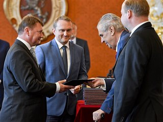 Prezident republiky Miloš Zeman (druhý zprava) jmenoval 18. září 2019 v Praze...