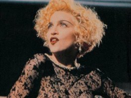 Madonna ve videoklipu Vogue (1990)
