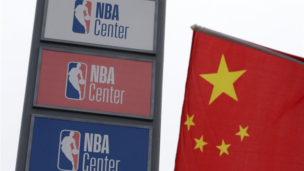 Účet za čínský vztek: zámořská NBA zchudla o devět miliard korun