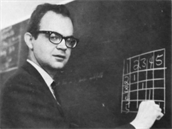 Donald Knuth přednáší na California Institute of Technology (1965)