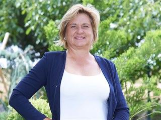 Výsledná váha Anny Dzurendy je 77 kilogramů.