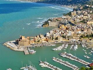 Castellammare del Golfo. Pohled na město od jihozápadu