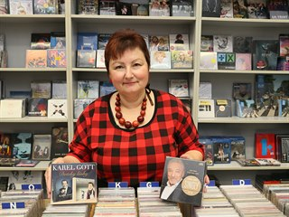 Prodavačka hudebních nosičů Růžena Donínová z Ústí nad Labem potvrzuje, že...