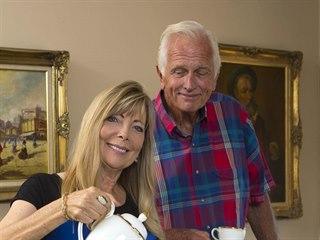 Ron Ely a jeho manželka Valerie u nich doma v Santa Barbaře (2014)