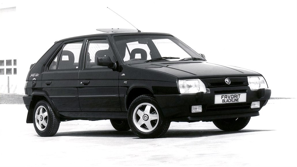Škoda Favorit Black Line