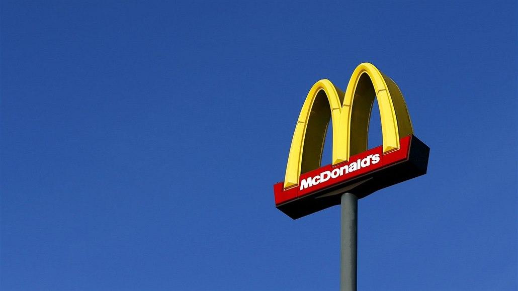 McDonald's se omlouvá za nekorektní slogan. Bloody Sundae pobouřilo Iry