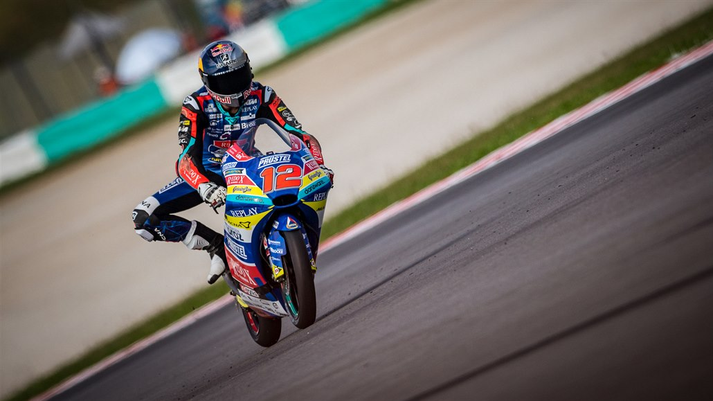 Salač odstartuje v Jerezu opět z páté řady, Márquez nepojede