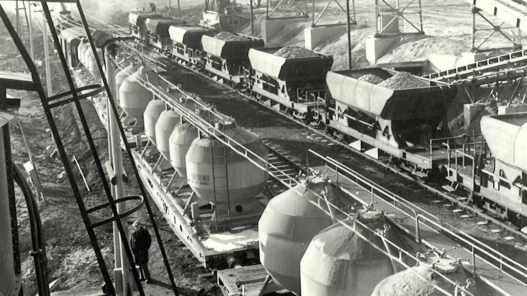 ZANIKLÉ TRATĚ: Postavila orlickou přehradu, cestujících se ale nedočkala