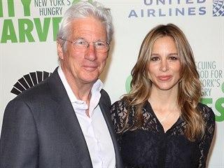 Richard Gere a Alejandra Silva (New York, 30. dubna 2019)