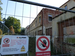 Zpustlé lázně v Bělovsi (21. 9. 2018)