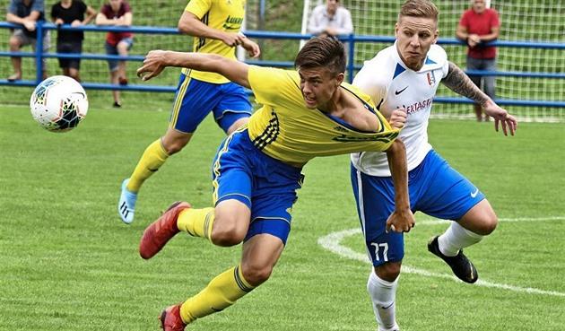 Fotbalová asociace ukončila sezonu amatérům, pohár chce dohrát v létě