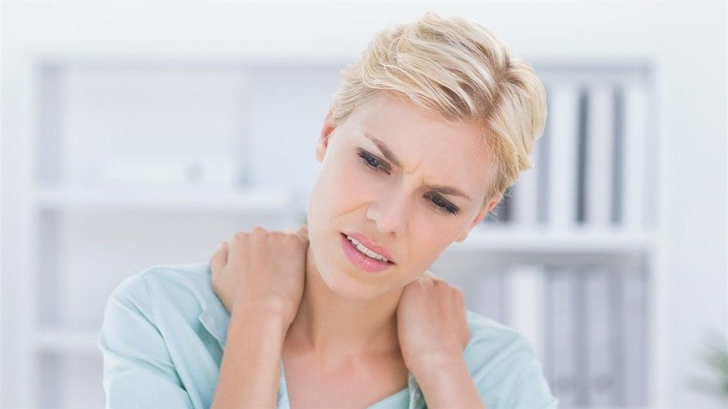 Deset jednoduchých tipů, které vám pomohou od bolesti zad