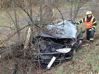 Při tragické nehodě v Havířově zemřeli dva lidé (15. listopadu 2019).