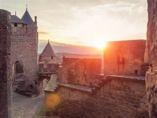 Carcassonne je jednou z největších perel francouzské Okcitánie.
