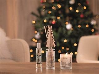 Koupit k Vánocům bačkory svědčí spíš o bezradnosti než o fantazii. Při výběru...