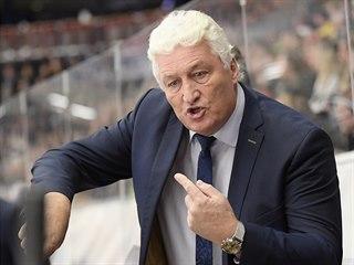 Trenér české hokejové reprezentace Miloš Říha během zápasu se Švédskem