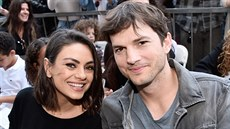 Mila Kunisová a Ashton Kutcher (Hollywood, 3. května 2018)