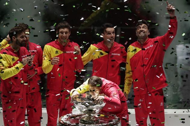 Spania se înveselește, sărbătorind triumful în noua Cupă Davis pe terenurile sale de acasă