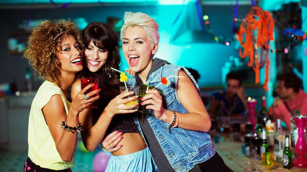 Tři smyslné party účesy, které zvládne každá z nás