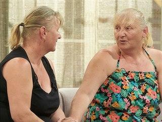 Dvojčata Lenka a Jitka chtěla vypadat aspoň na svůj věk a ne o generaci starší.