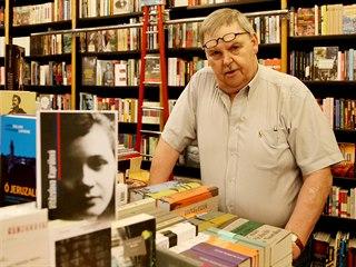 Michal Ženíšek vedl nejstarší soukromé knihkupectví v republice. Teď míří do...