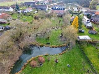 Za třináct let se podařilo přeměnit nevzhlednou část obce Veselí v Centrum...