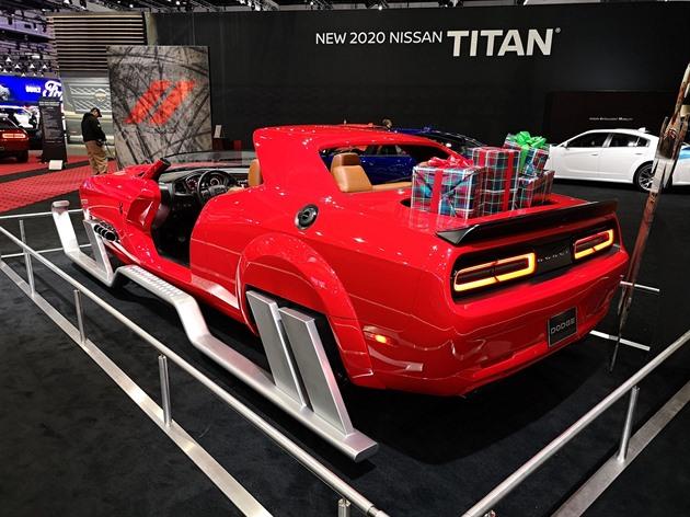 Los Angeles Motor Show: vzpomínka na staré dobré osmiválcové časy